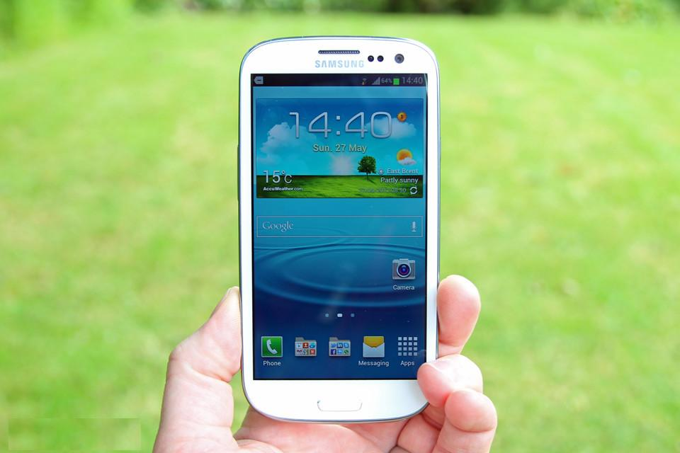 samsung galaxy s iii review 0 Top 10 Important Eye Catching things of Samsung Galaxy S III