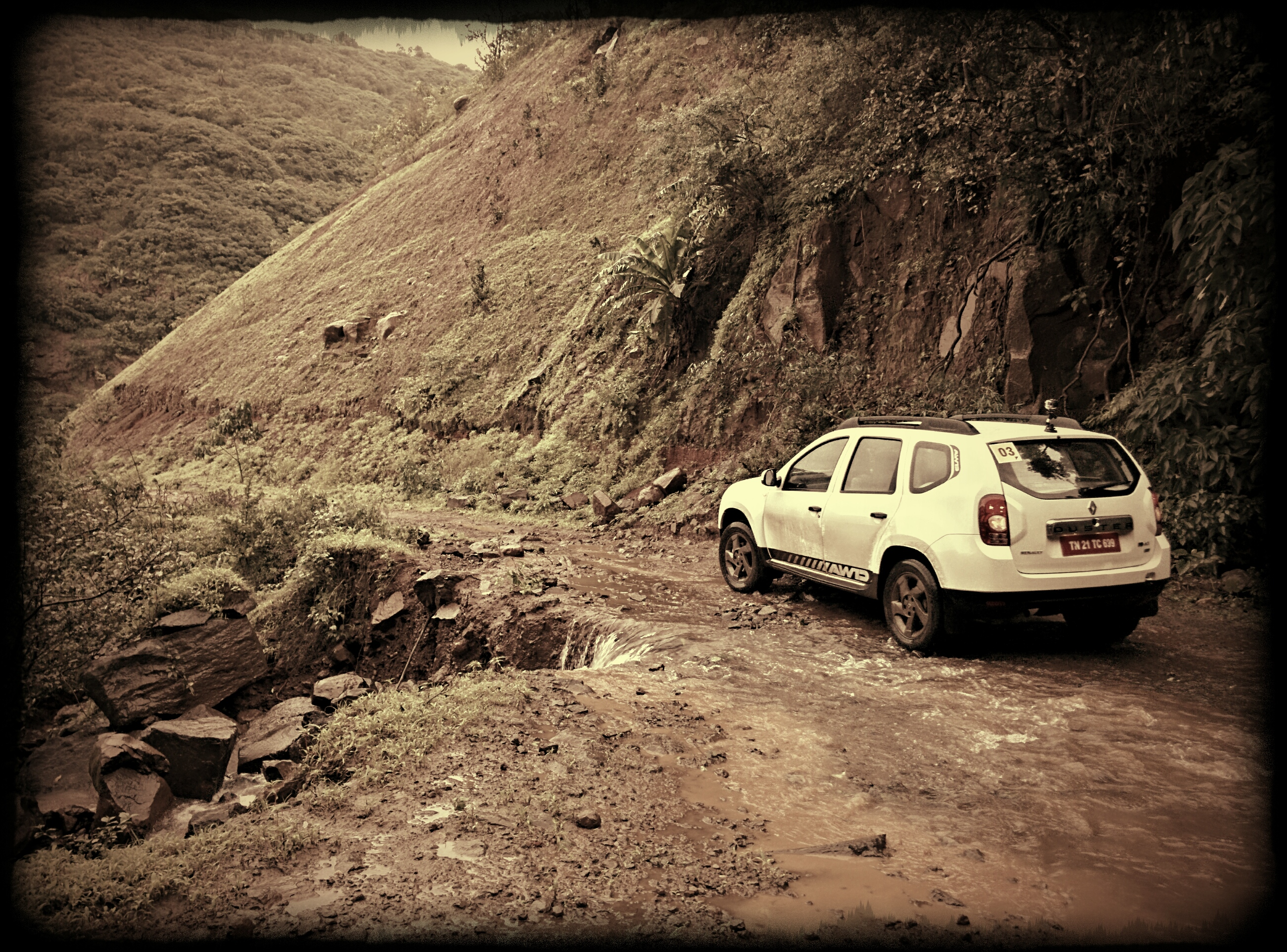 Renault-Duster-AWD-4x4-Heal