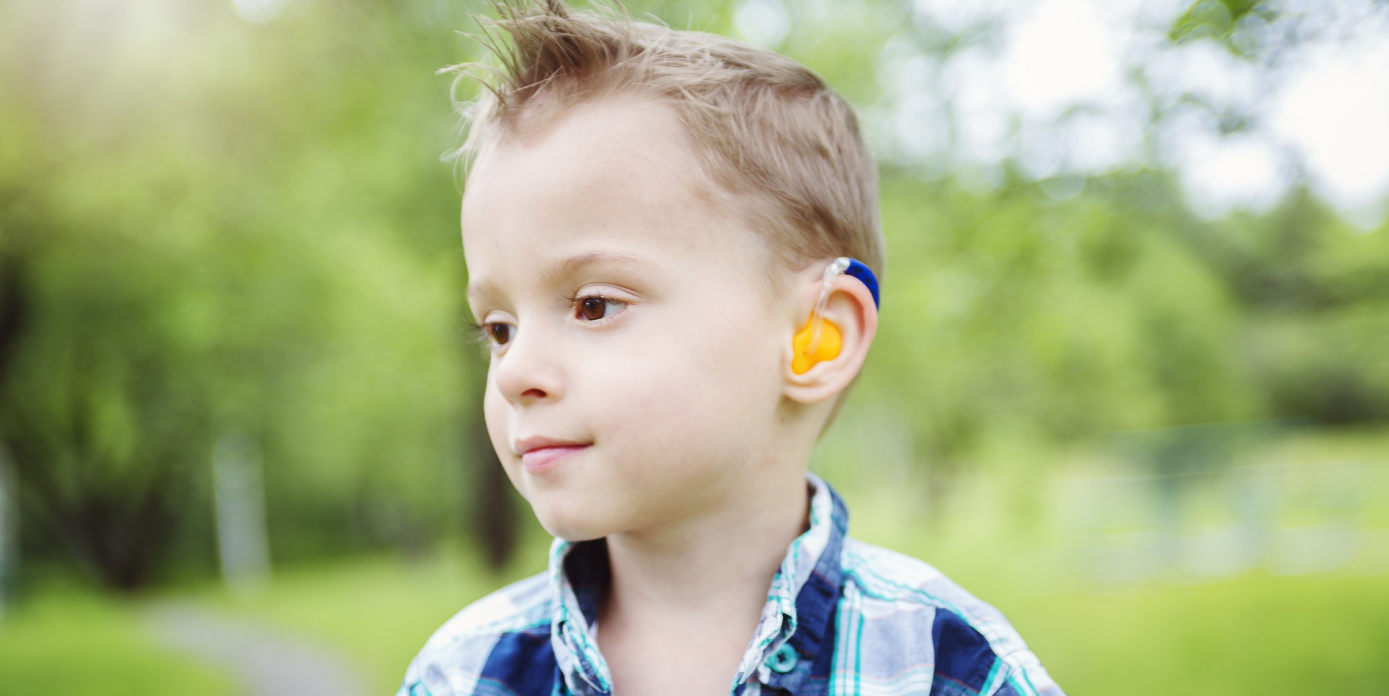 deaf_child-start-listening