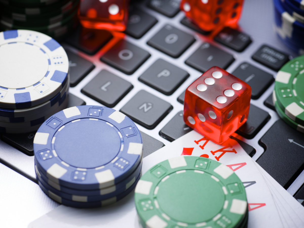 Live Casino Online: Important Things You Need To Know - BlogSaays