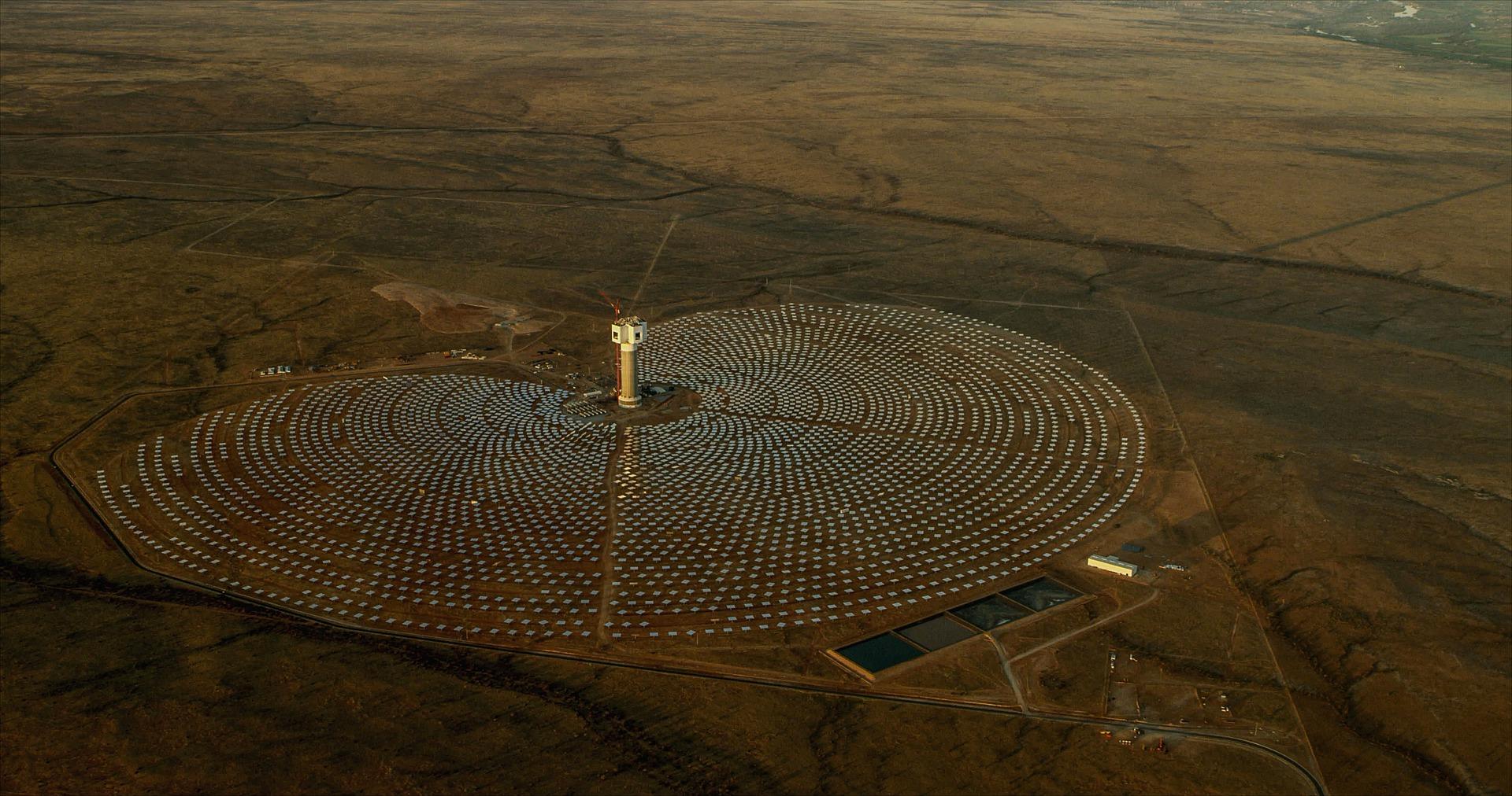 Solar-farm-energy